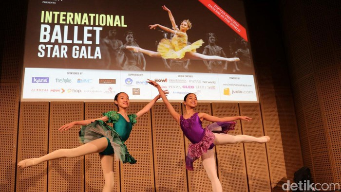 Jualo di International Ballet Star Galla