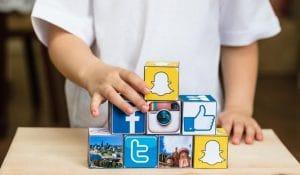Batasan Usia untuk Sosial Media