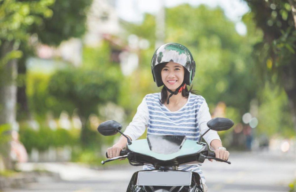 Sepeda Motor Wanita