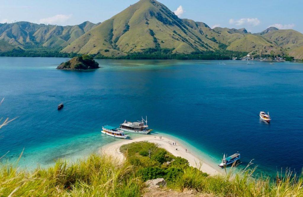 Destinasi Wisata Indonesia Timur
