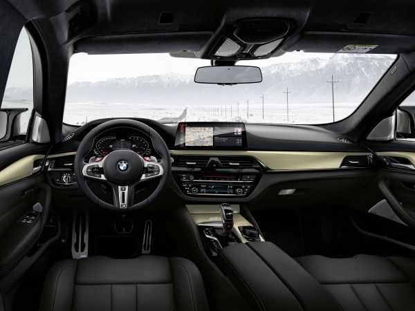 BMW m5 edition 35 years (interior)