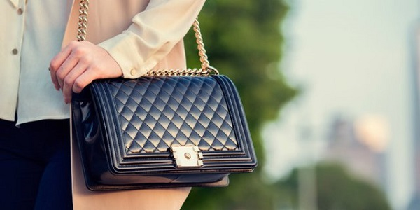 tas selempang wanita
