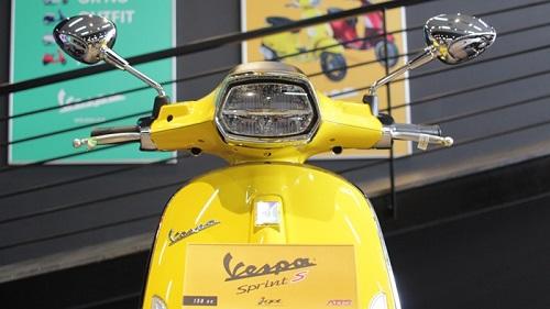 headlamp vespa sprint 150 2021