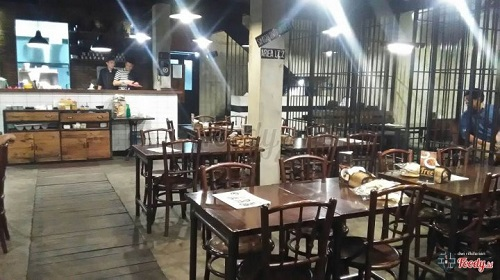 restoran unik-bong kopi
