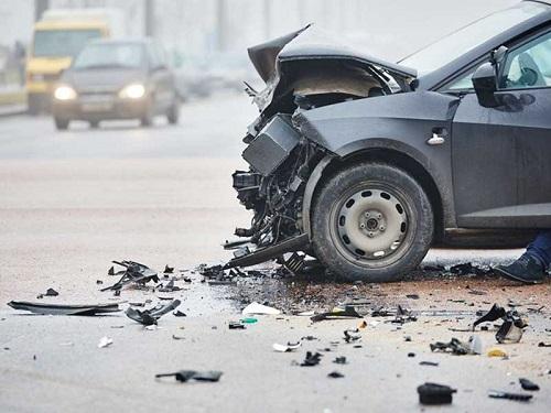 kecelakaan mobil-2
