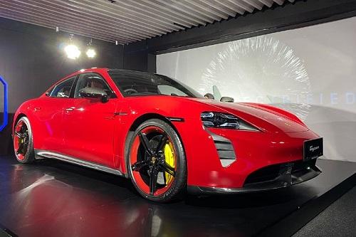 mobil listrik-Porsche