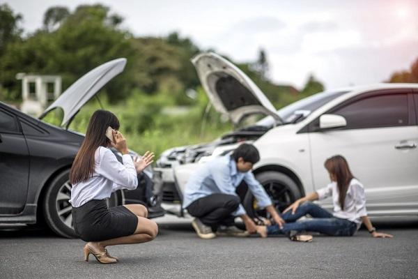 kecelakaan mobil-4