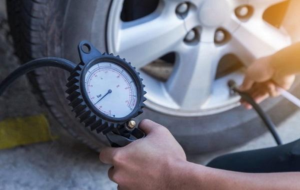 tekanan angin ban mobil