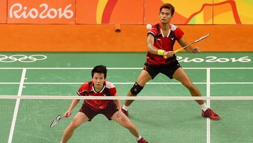 raket badminton-2