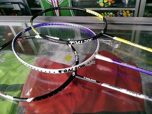 raket badminton- 5