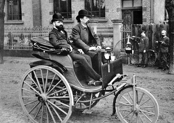 mobil pertama di dunia