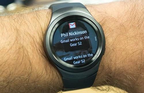 smartwatch terbaik-4