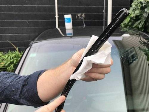 merawat wiper mobil-2