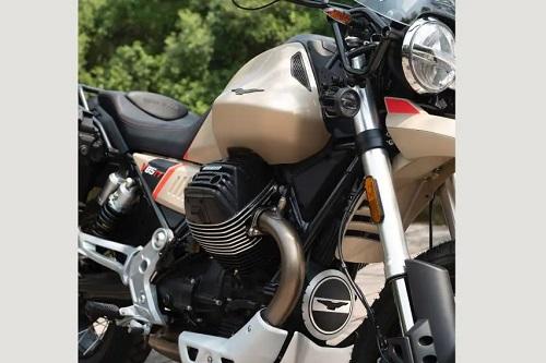 Moto Guzzi V85TT-4