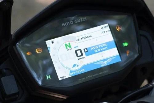 Moto Guzzi V85TT-5