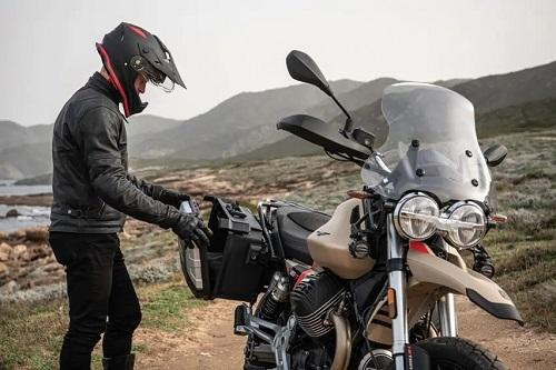 Moto Guzzi V85TT-7